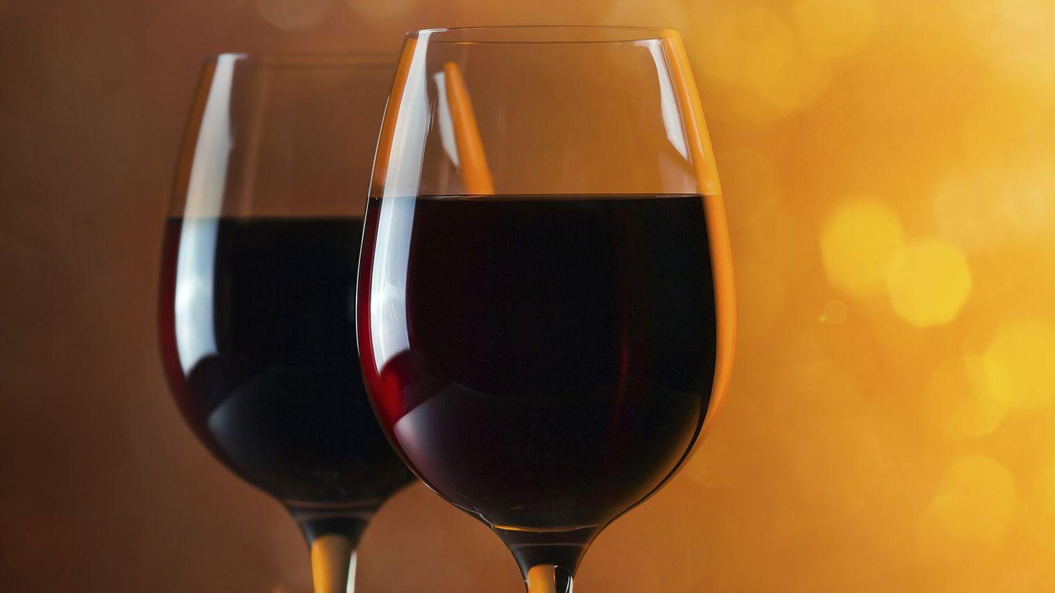 Investir dans le vin en groupe