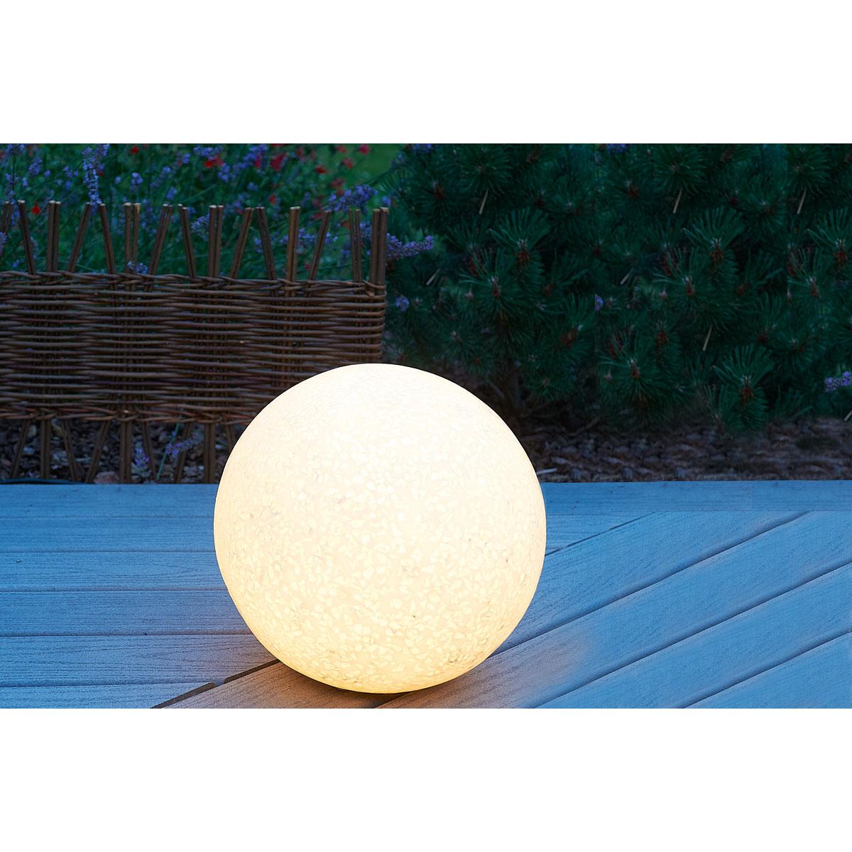 Boule jardin lumineuse : Toutes les installations et décorations pour un extérieur
